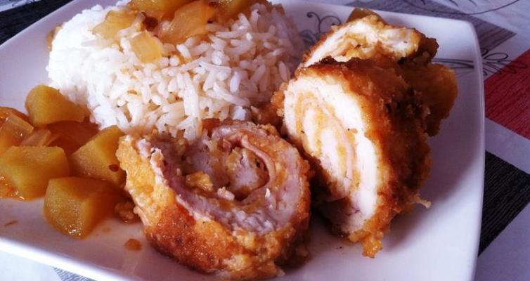 רולדת חזה עוף ברוטב תפוחים עם דבש