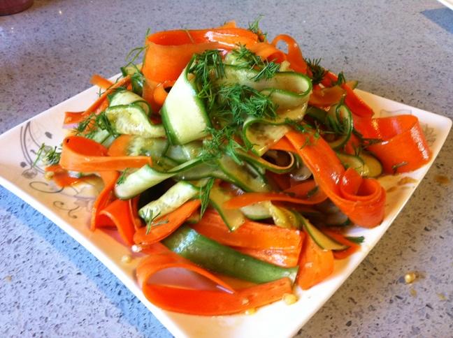 סלט ירקות טריים